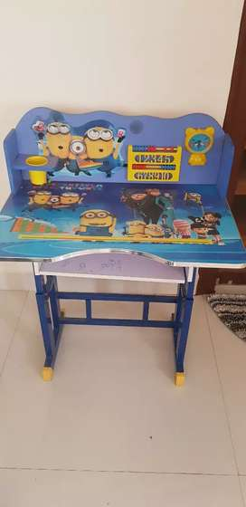 Children's Minion Study table