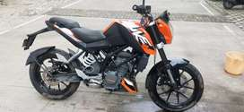 Non negotiable KTM duke 200 . 2016 model. Valid Insurance.