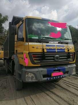 Bharat benz 2523 torrus tipper10wheel,