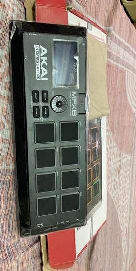 Akai mpx 8 sample player