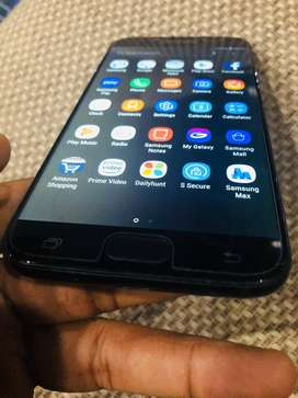 Samsung j7 pro in very good condition