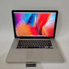 Laptop Apple Macbook pro 15 2011 - core i7 - dual vga