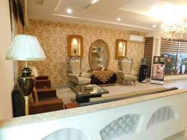 HOTEL S.R. Lounge / Luxury Rooms/ Book Now