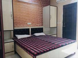 Fully furnished rooms for rent in dlf phase 3