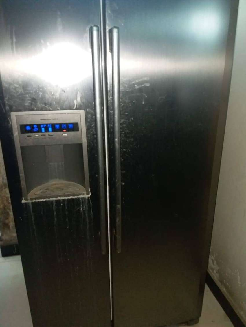 Haier Side By Side Refrigerator With Water & Ice Cube Dispenser 0