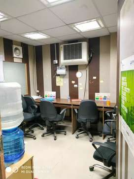 Fully furnished office 1 cabin, 4 seats for Rent in sector 4 Noida.