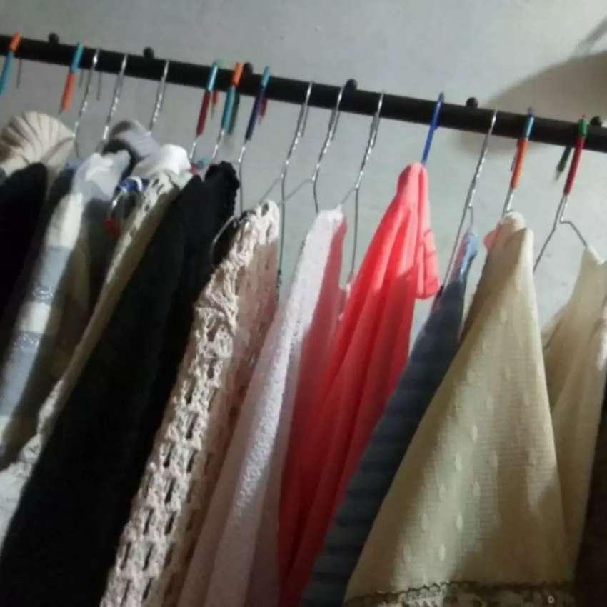 Windproof Clothes Hanger Gantungan Baju Serbaguna Untuk Tas dan Topi 0