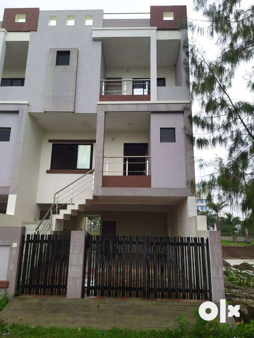4 bhk tenement to give on rent. Located at zanzarda road. Road touch. 0