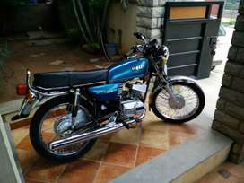 Yamaha RX 100 good conditions all docu paper yes cell num842829and7323