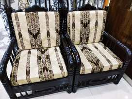 5 Seater Wooden Sofa Set For Urgent Sale