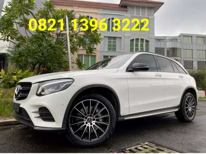 GLC200 Amg Nite Edition Panoramic 2019 White 0