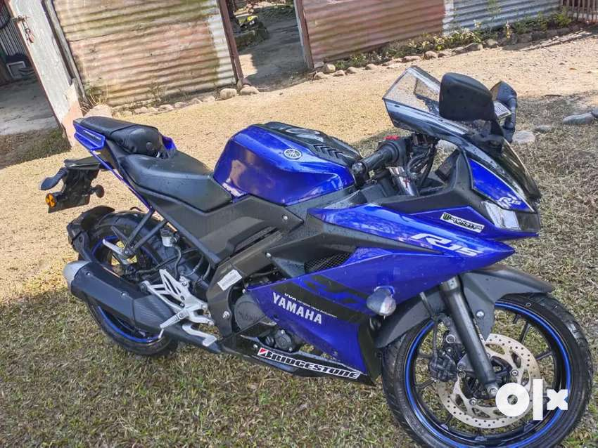Yamaha r15 v3 new condition 0