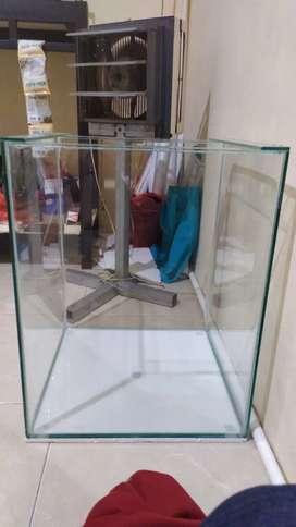 Dijual kaca aquarium 40x40x50