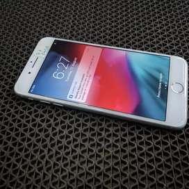 Apple iPhone 8 plus 64 GB all accs bill