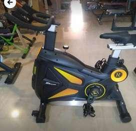 trademill spin bike nd crosstrainer