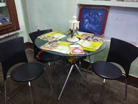 Dyning table and sofa set