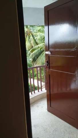 Spacious 3 BHK apartment on 3rd Floor Maithri Park.