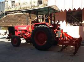 Tractor available for rental purpose