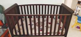3 in 1 Baby Crib/ Day Bed/Toddler Bed