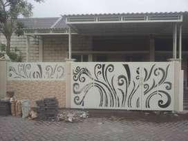 Pagar plat cutting custom motif batik cantik