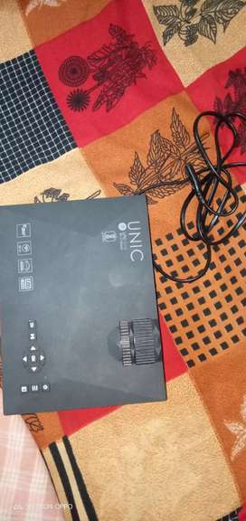 uc ibs 46 projector bifi*( 1 month use )1 year replecment baranty