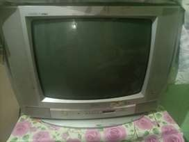 LG t.v in a good condition