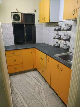 1bhk flat for rent close to metro station