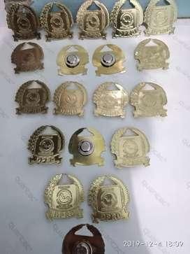 Trophy & Souvenir fiberglass dan logam.
