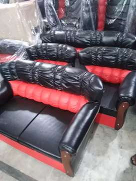 Black and red beauty brand new 5 seater sofa set