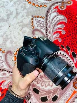 Dslr Canon 700d unused