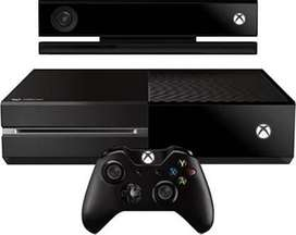 Xbox One with Wireless Controller and Kinect 500 GB  (Black)