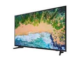 "Samsung 4K 43"" smart TV 7 Series NU7090"