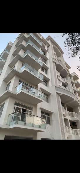 3BHK flat (Cloud nine apartments) wazir hasan road. Its negotiable