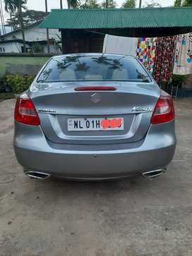 Maruti kizashi in Excellent condition nothing to repair, NL01