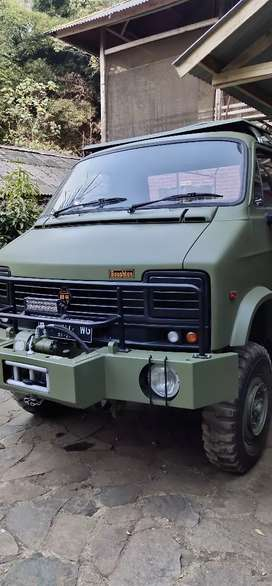 Military jeep Reynolds boughton RB 44 Mobil inggris