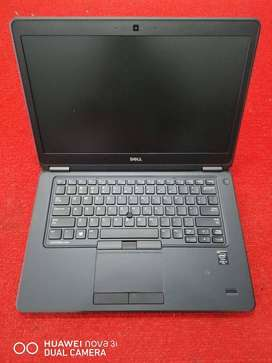 Dell Latitude E7250 Intel CORE i5 5th Generation Rs.25000