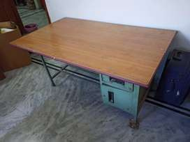 Wooden Top Study Table