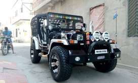 Open willys jeep with high class foldable seats