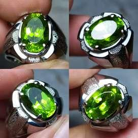 Natural Green Peridot ada bacan kecubung sapphire jamrud