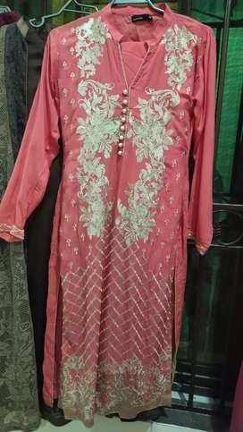 Linen embroided 3pc suit with chiffon dopatta