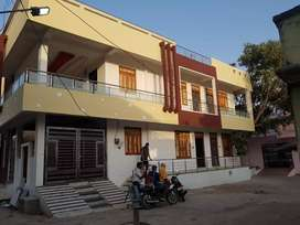 1 BHK portion and 2 bhk portion and single room also available
