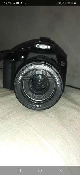 Canon camra D1300