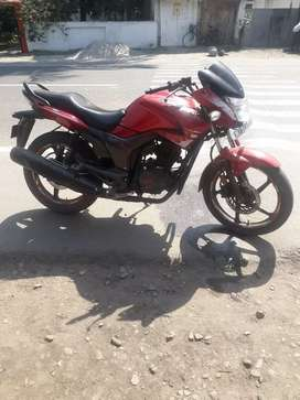 3 years old superb condition hero's bike band hunk 150