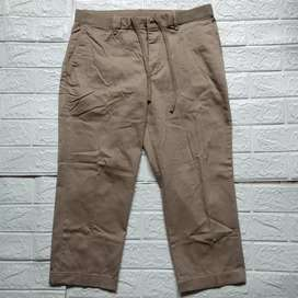 Celana Uniqlo ankle pants