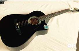 Spanish guitar in excellant condition for sale in Gurgaon