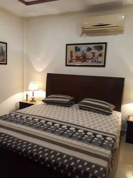 Beautiful furnished one bed flates for rent in bahria twn isb