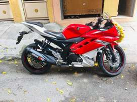 R 15 V2 with excellent condition
