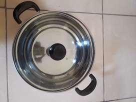 Panci stainless steel dengan tutup kaca
