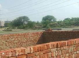 Noida ke prime location me hoga apka apna ghar dekhne ke liye call kre