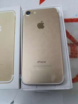 We are selling iphone 7 32gb 6 months sellers warranty